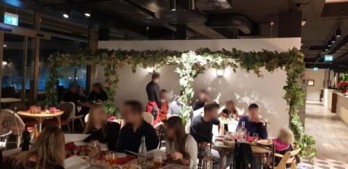 """Restaurant dans le complexeLa """"Piazza Grande""""11h30 - 14h0018h30 - 21h30"""
